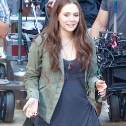 Elizabeth Olsen Scarlet Witch Captain America Civil War jacket